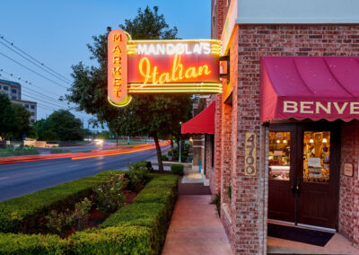 Restaurants Mandolas, Cedar Park, TX
